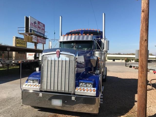 2002 Kenworth Sleeper Truck