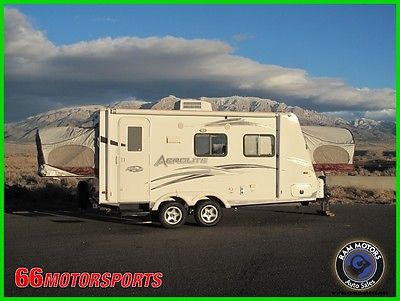 2012 Dutchmen Aerolite 185f EXPANDABLE LIKE NEW SUPER CLEAN!!