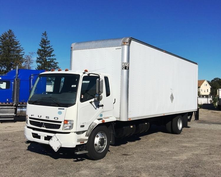 2010 Mitsubishi Fuso Fk260  Box Truck - Straight Truck