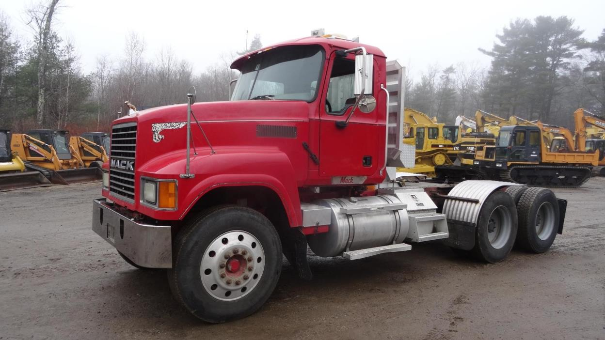 2005 Mack Chn613 Conventional - Day Cab