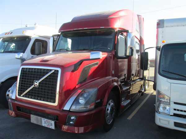 2013 Volvo Vnl64tractor  Conventional - Sleeper Truck