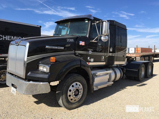 2015 Western Star 4900sa Conventional - Sleeper Truck