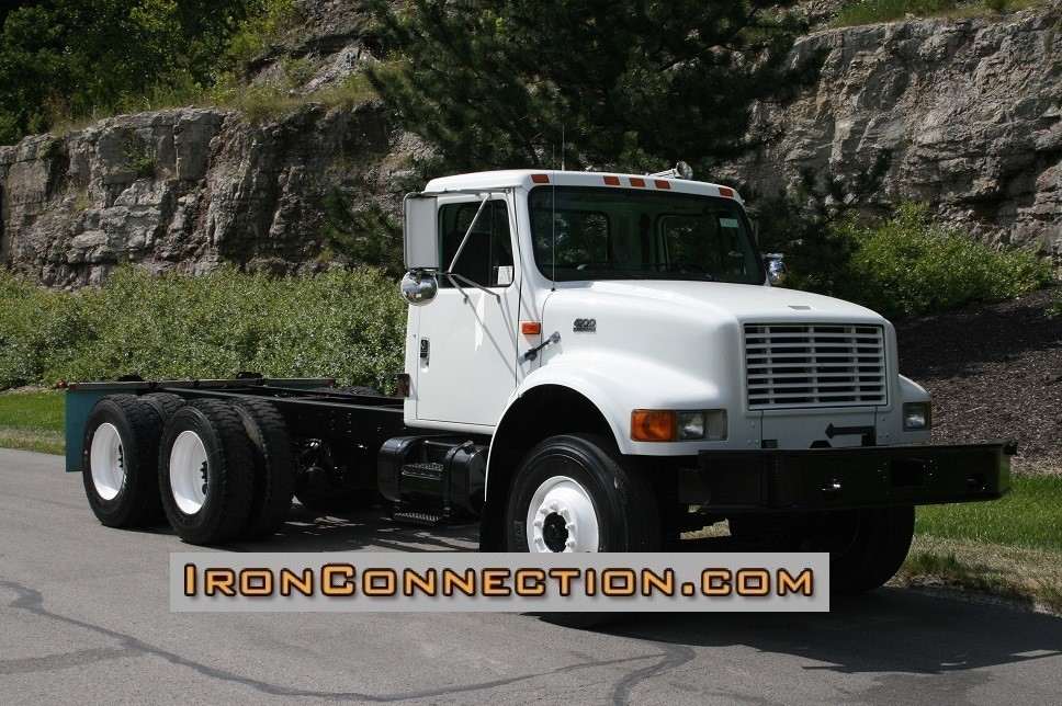 1999 International 4900 Cab Chassis