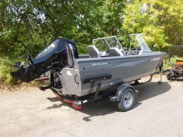 2015 Crestliner Fish Hawk 1650 WT