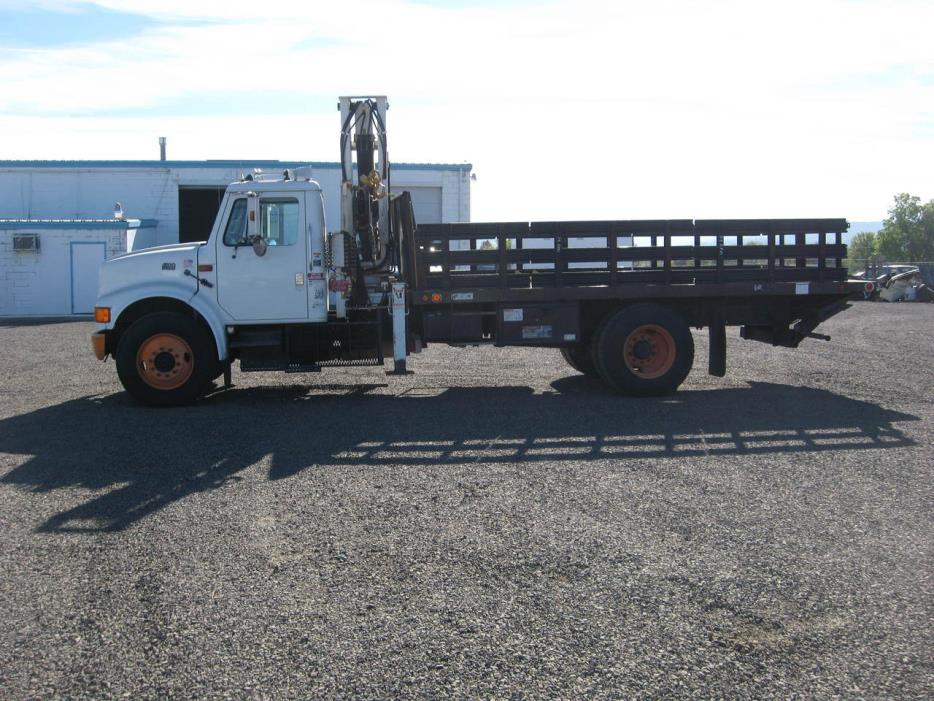 1996 International 4900 Flatbed Truck