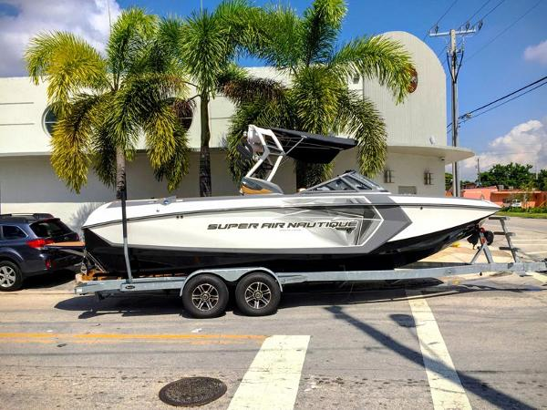 2016 super air nautique G23 COASTAL