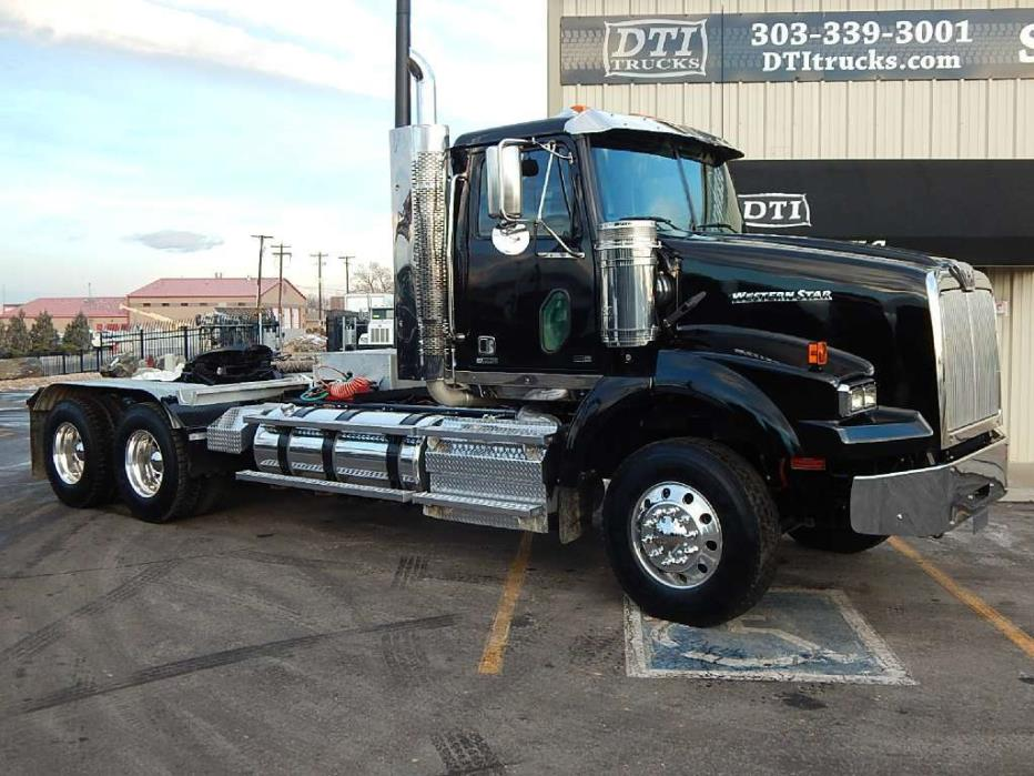 2013 Western Star 4900 Sb Tandem Axle Tractor Conventional - Day Cab