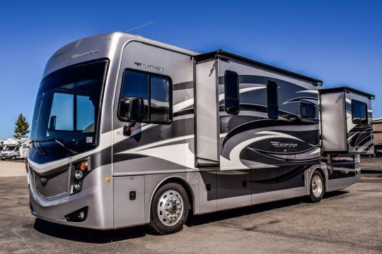 2014 Fleetwood EXCURSION 33D