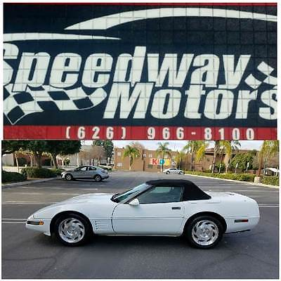 1993 Chevrolet Corvette Base 2dr Convertible 1993 Chevrolet Corvette Base 2dr Convertible Automatic 4-Speed RWD V8 5.7L