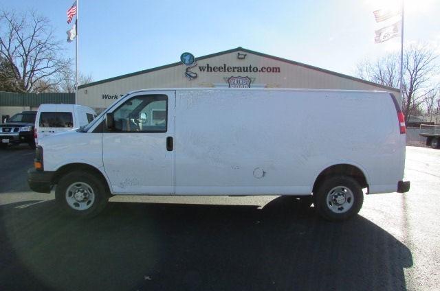2006 Chevrolet Express G2500 Cargo Van