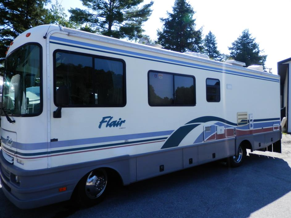 1998 Fleetwood Flair 27Y