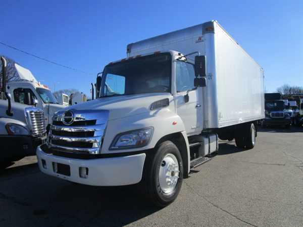 2012 Hino Hino 268  Box Truck - Straight Truck
