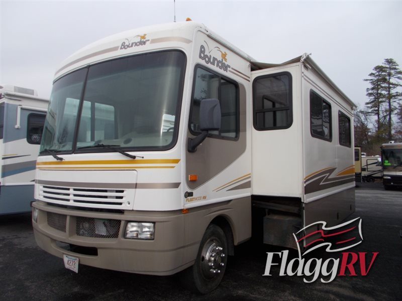 2003 Fleetwood Rv Bounder 36D