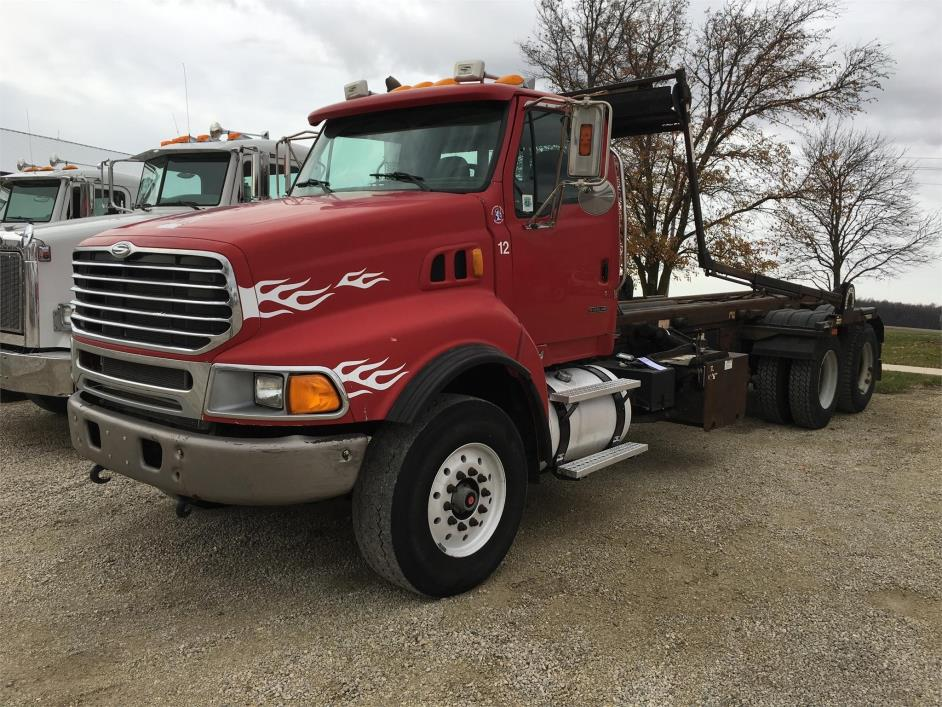 2005 Sterling Lt9500 Garbage Truck