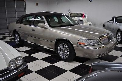 2006 Lincoln Town Car Signature Limited ONE OWNER - ONLY 40K MILES 2006 Lincoln Signature Limited Sedan