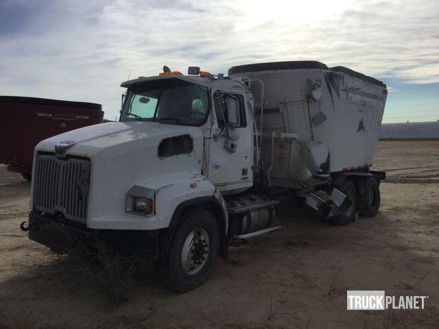 2016 Western Star 4700 Farm Truck - Grain Truck