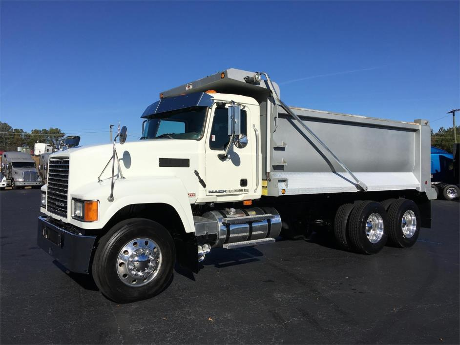 2009 Mack Ch613 Dump Truck