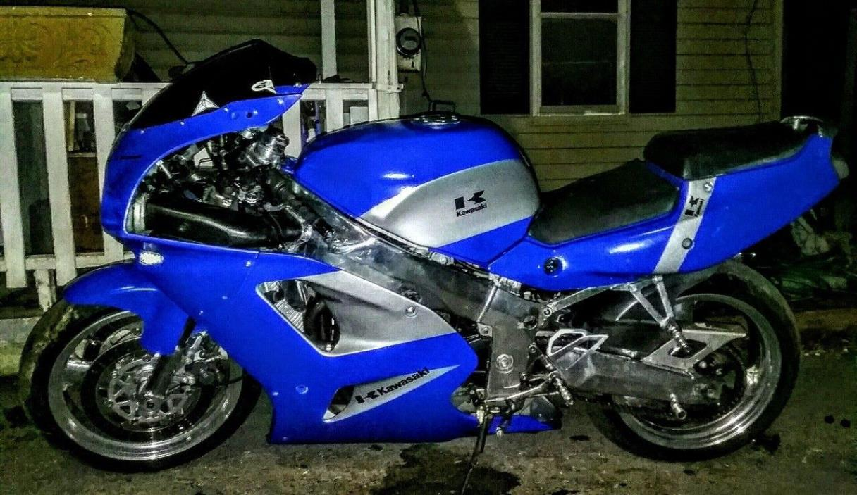 Kawasaki Zr7s motorcycles for sale