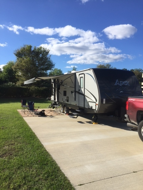 2017 Coachmen APEX ULTRA-LITE 279RLSS
