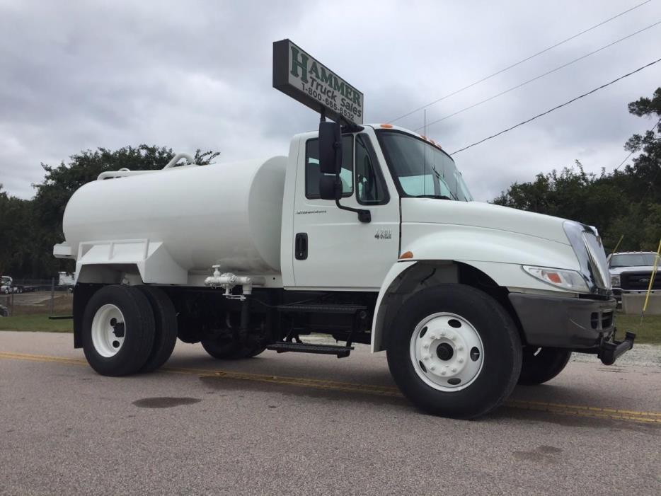 2008 International 4200 Water Truck