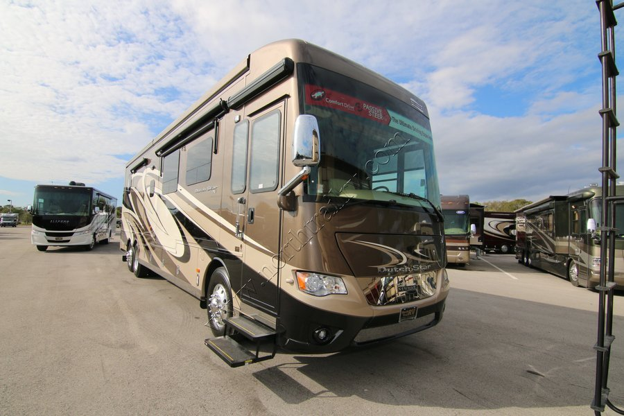 2017 Newmar Dutch Star 4002