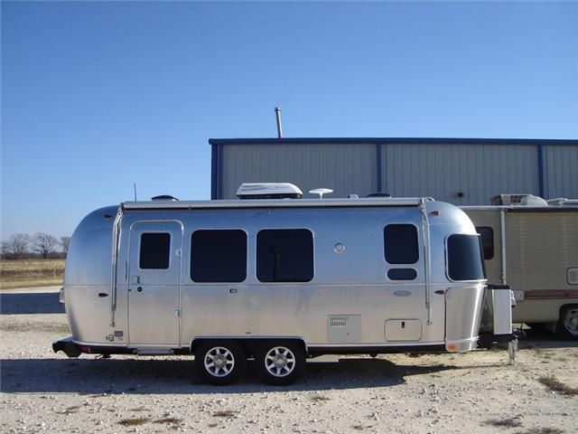 2017 Airstream Rv Flying Cloud 23FB