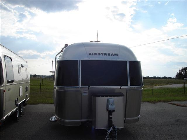 2017 Airstream Rv Flying Cloud 19