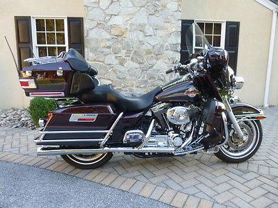 Harley-Davidson Electra Glide  2005 FLHTCU Burgundy Ultra Classic!