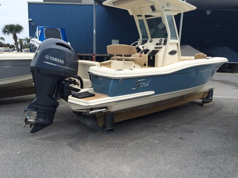 2016 Scout Boat Company 225 XSF