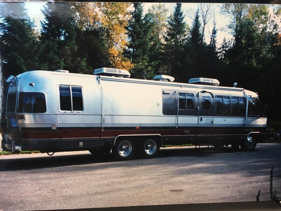 1989 Airstream CLASSIC