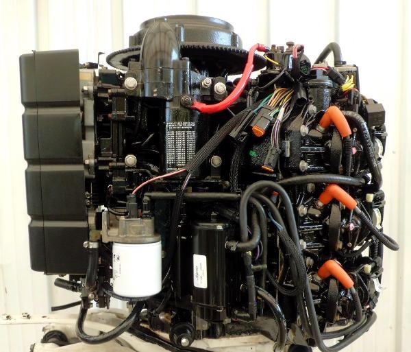 2000 Evinrude E200FPXSS Powerhead
