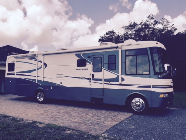 2004 Holiday Rambler VACATIONER 37SBT