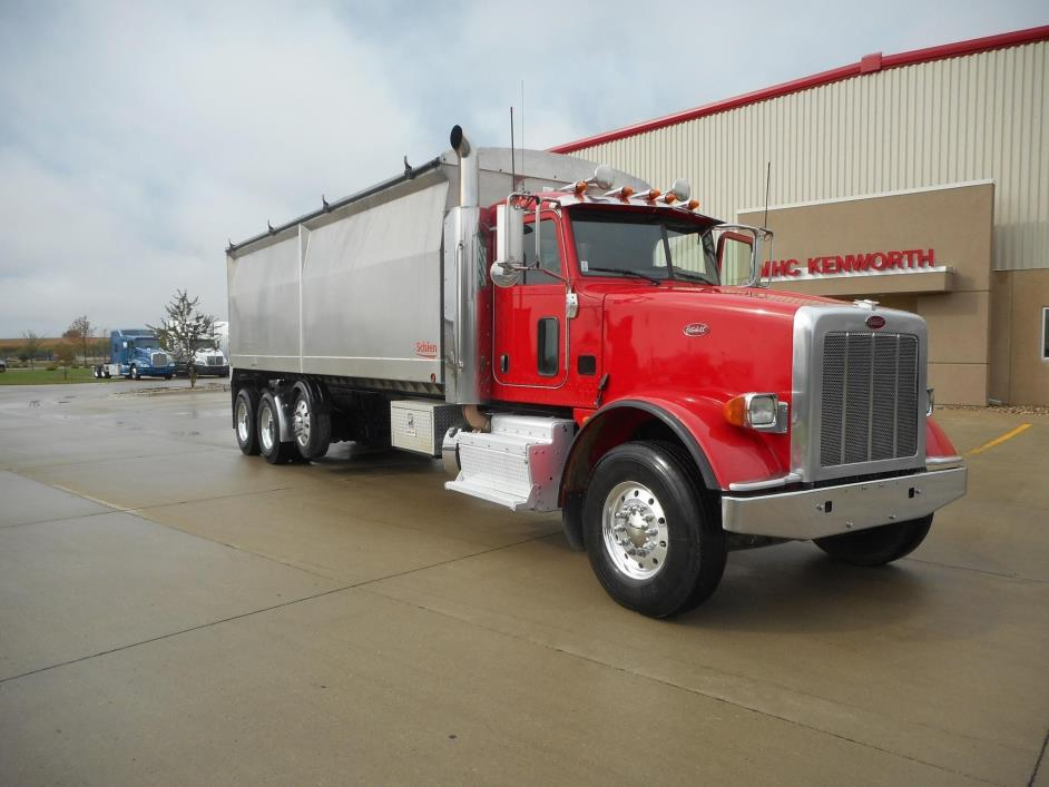 2012 Peterbilt 367  Farm Truck - Grain Truck