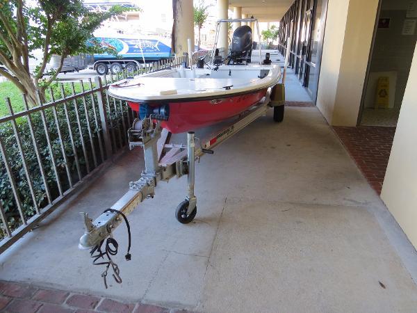 2010 Inshore Power Boats IPB 16