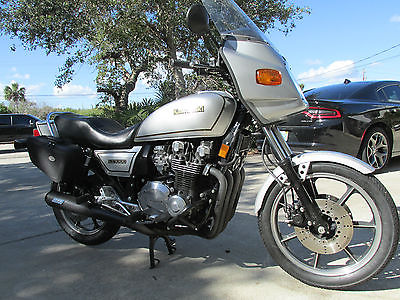 1982 Kawasaki kz1000j   1982 KAWASAKI kz1000 j model mostly o.e turn key ready to ride  not z1r z1 kz900