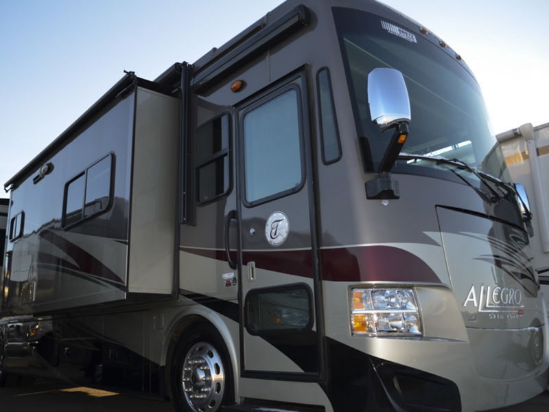 2014 Tiffin Motorhomes Allegro RED 38 QRA