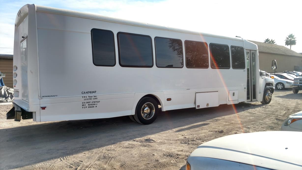 2007 Chevrolet C5500 Passenger Van
