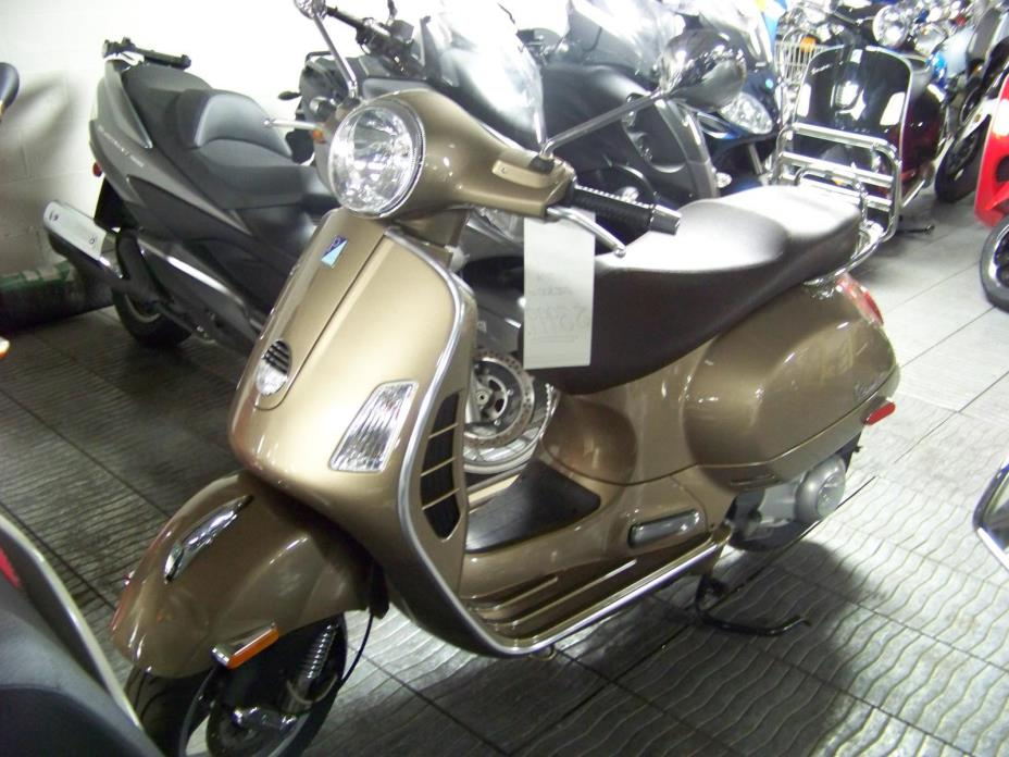 2011 Vespa GTS300