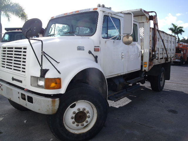 2002 International 4800  Cab Chassis
