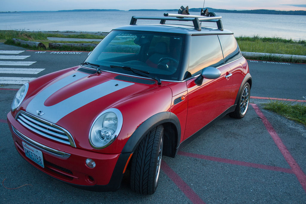 2006 Mini Cooper Park Lane 2006 MINI Cooper in Chili Red w/Silver Roof fully loaded