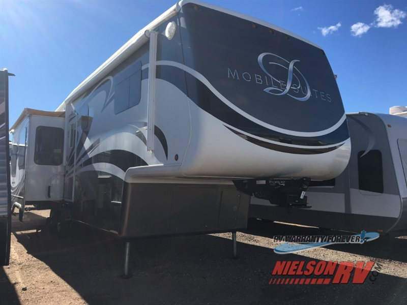 2011 DRV LUXURY SUITES Mobile Suites 36 TK3