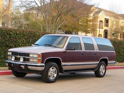1993 Chevrolet Suburban K1500 4dr 4WD SUV 1993 Chevrolet Suburban K1500 4x4 63K Leather Seats Mint Condition 2-Owner RARE!