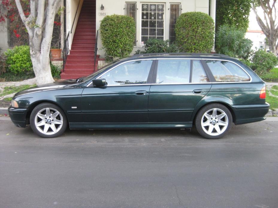 2002 BMW 5-Series  2002 BMW 525iT Wagon e39
