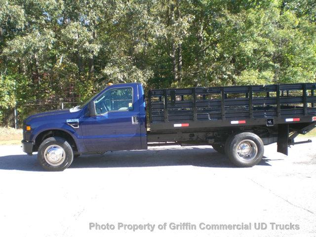 2009 Ford 12 Rack Gate  Flatbed Truck