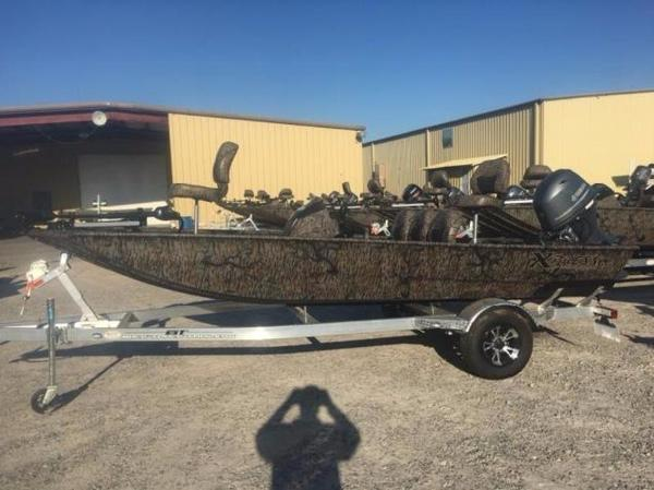 2017 Xpress Boats XP170