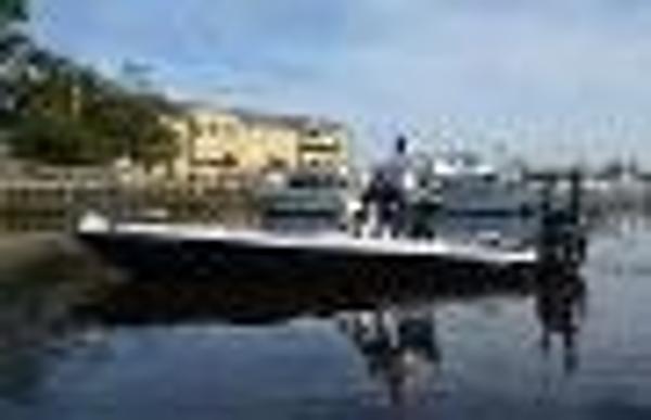 2014 Yellowfin 24 Bay Boat