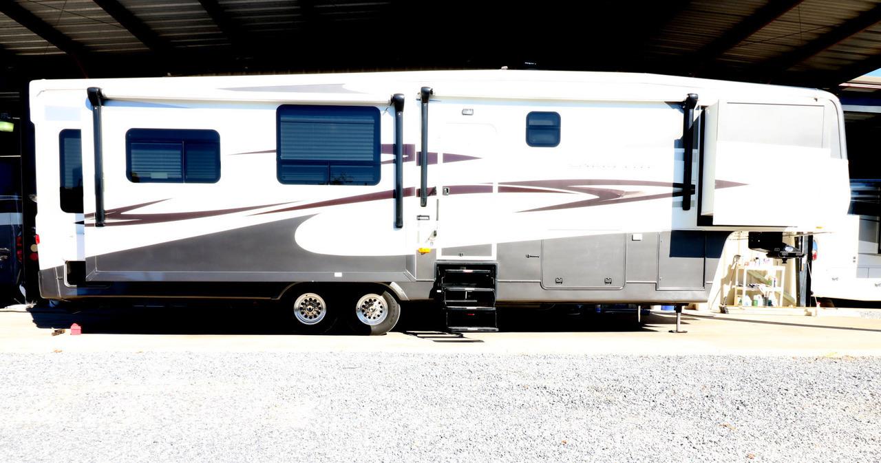 2011 Carriage CARRI-LITE 36XTRM5