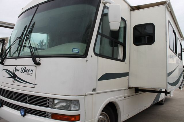 2003 National Rv Sea Breeze 8341LX
