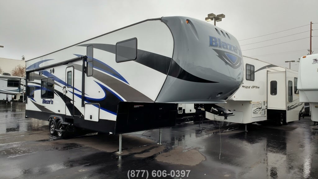 2016 Pacific Coachworks Blazen F295