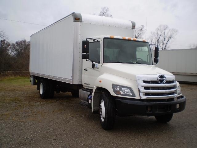 2014 Hino 338 Box Truck - Straight Truck